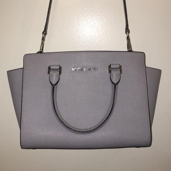Michael Kors Handbags - Michael kors Selma